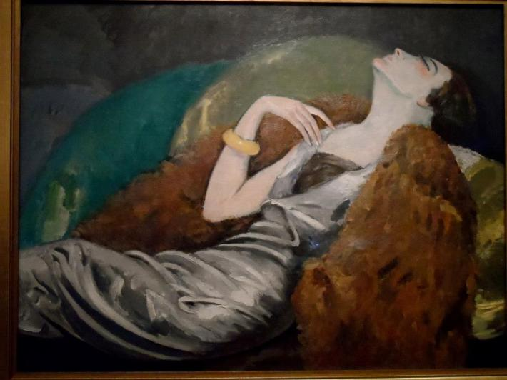 La femme au canapé by Kees Van Dongen. One of my favorites from Musee des Beaux-Arts.